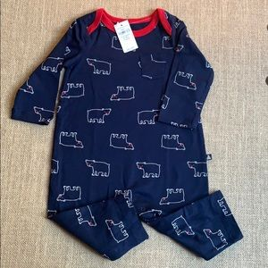 NWT Baby Gap so soft bear outfit Sz 6-12 months